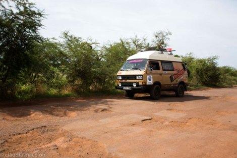 Prueba de fuego para la furgo y sus neumáticos, de lo contrario no sería una aventura!!!