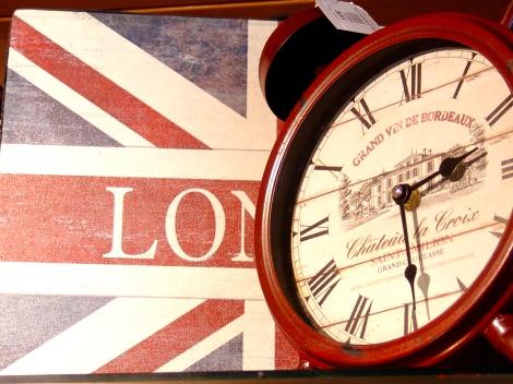 Relojes y decoración vintage….Inspirador!!!