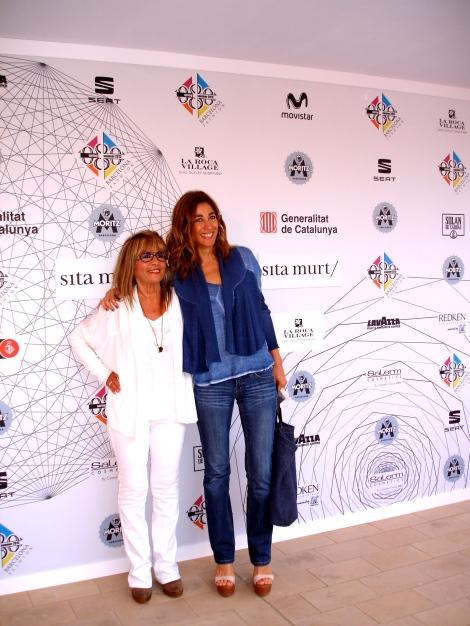 La presentadora de tv fascinada con Sita Murt, Helena Garcia con un outfit impecable.