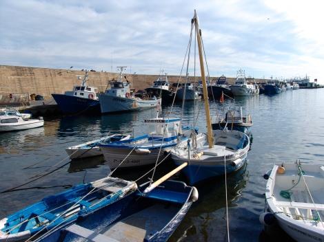 Pueblo pesquero, aroma a mar, paisajes cargados de tradición.