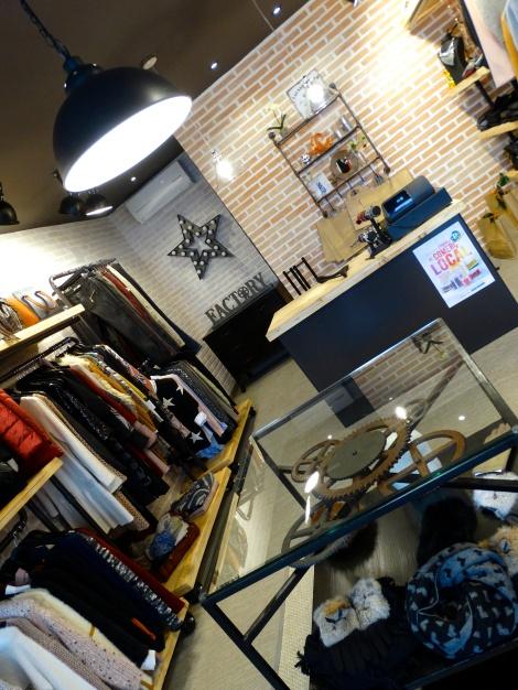 Tienda fashion, en un pequeño espacio todo el glamour de las mejores boutiques!!!!